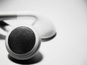 iPod earplugs, workout music